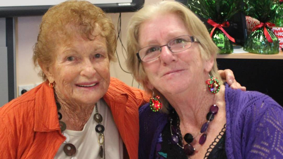 LOVE: Elvie Anderson (left) and Cathy Potts. Photo: Lithgow Mercury.